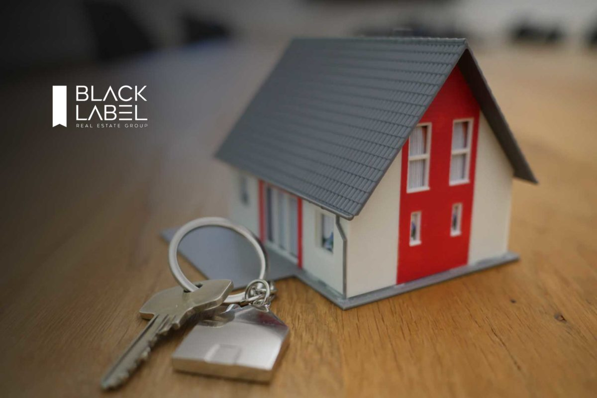 Black Label Real Estate Group Partners with Side