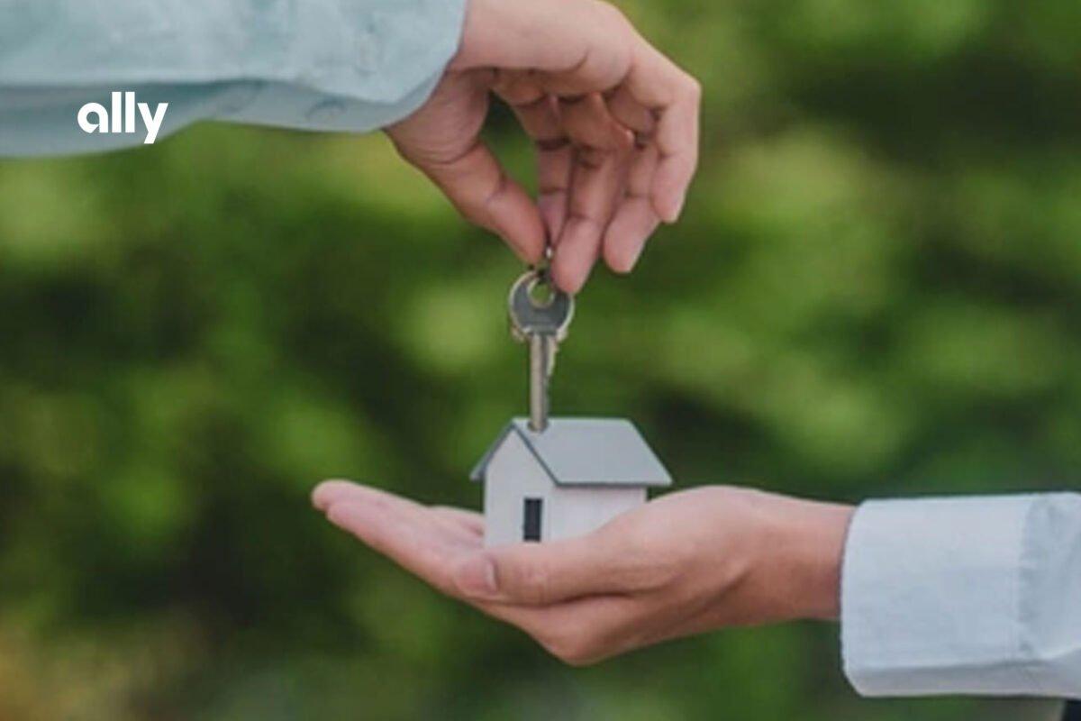 Digital lending gives shoppers longer loan term options